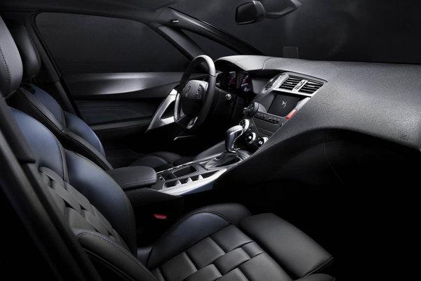 2015 DS DS5 Interior
