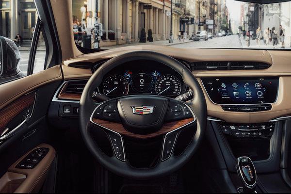 2017 Cadillac XT5 Instrumentation