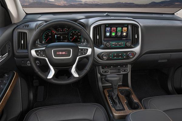 2017 GMC Canyon Denali Crew Cab Interior