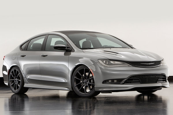 2015 Chrysler 200 S Mopar