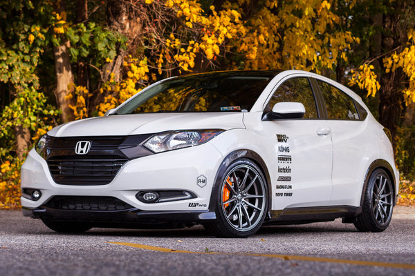 2015 Honda HR-V by Fox Marketing