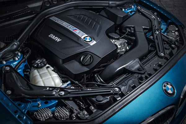 2016 BMW 2-Series M2 Coupe Engine