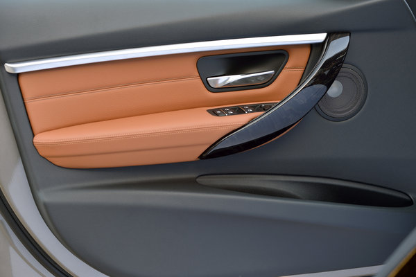 2016 BMW 3-Series Wagon Interior