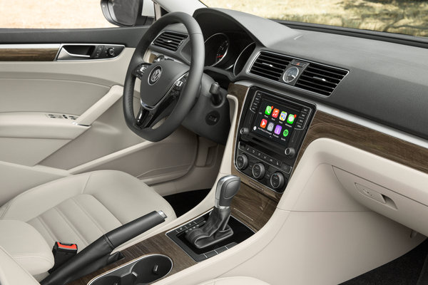 2016 Volkswagen Passat Instrumentation