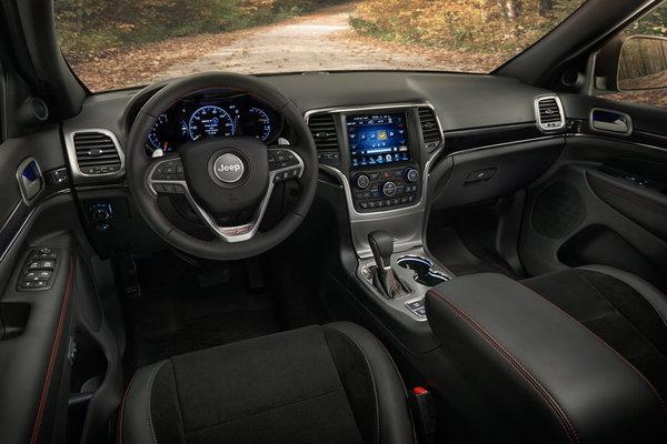 2017 Jeep Grand Cherokee Trailhawk Interior