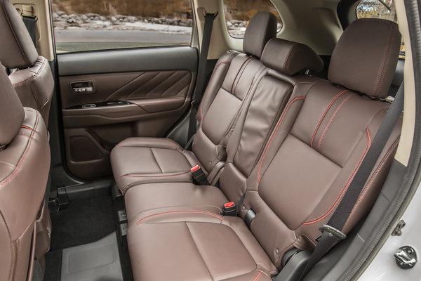 2017 Mitsubishi Outlander PHEV Interior