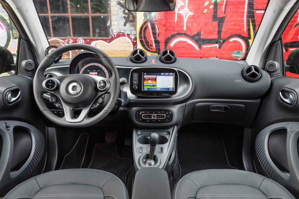 2017 Smart electric drive coupe Interior