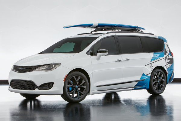 2016 Chrysler Pacifica Cadence