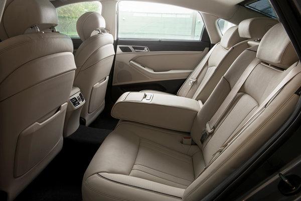 2017 Genesis G80 Interior