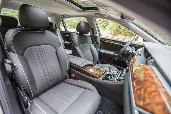 2017 Genesis G90 Interior