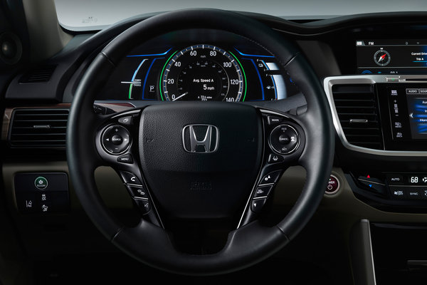 2017 Honda Accord Hybrid Instrumentation