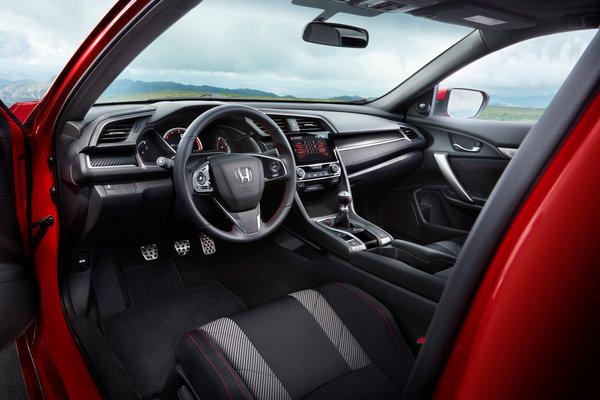 2017 Honda Civic Si coupe Interior
