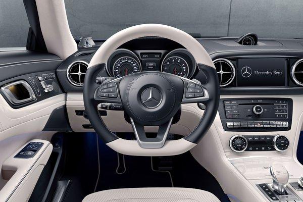 2017 Mercedes-Benz SL-Class designo Edition Instrumentation