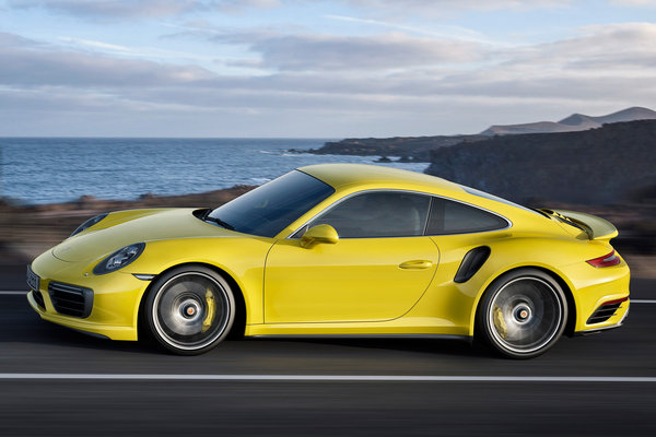 2019 Porsche 911 Turbo Coupe