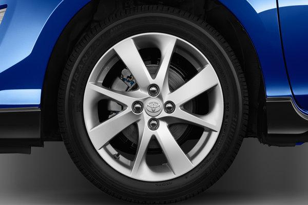 2017 Toyota Prius c Wheel