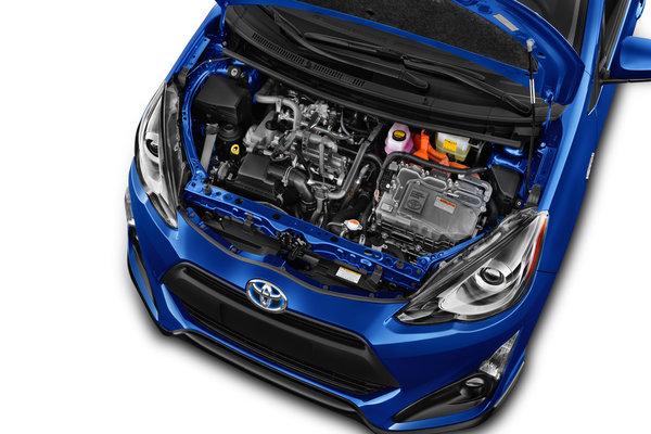 2017 Toyota Prius c Engine
