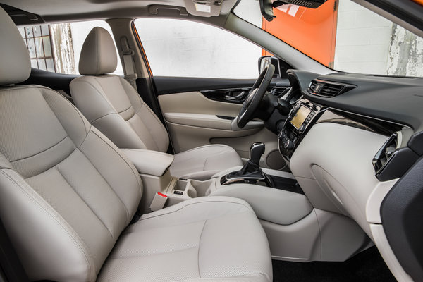 2017 Nissan Rogue Sport Interior
