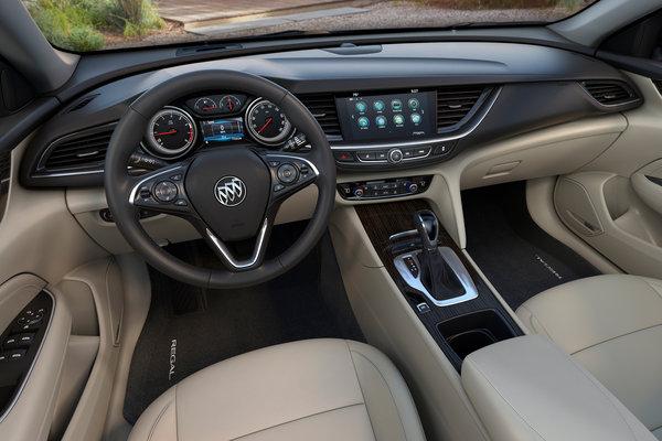 2018 Buick Regal Sportback Interior