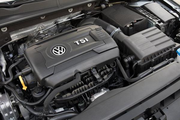 2018 Volkswagen Golf SportWagen Engine
