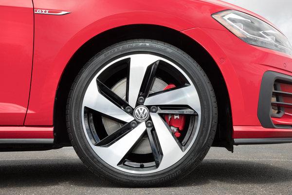 2018 Volkswagen GTI 5d Wheel