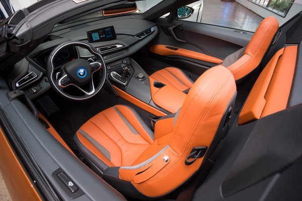 2019 BMW i8 Roadster Interior