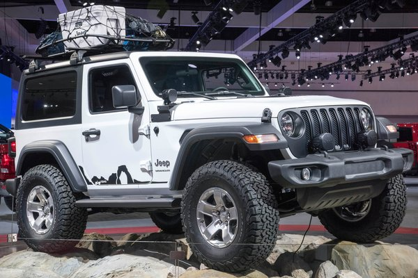 2017 Jeep Mopar-modified Wrangler Sport