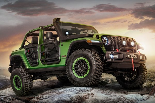 2017 Jeep Mopar-modified Wrangler Rubicon