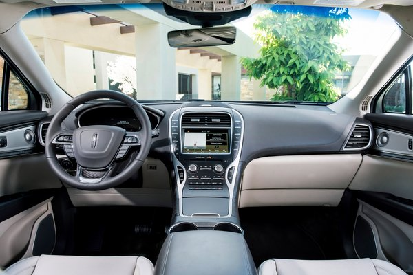 2019 Lincoln Nautilus Interior