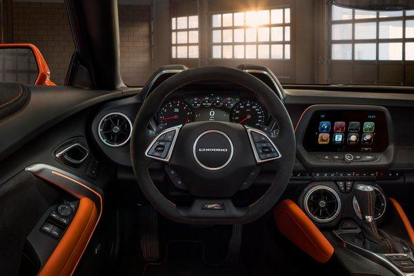 2018 Chevrolet Camaro Hot Wheels Edition Interior