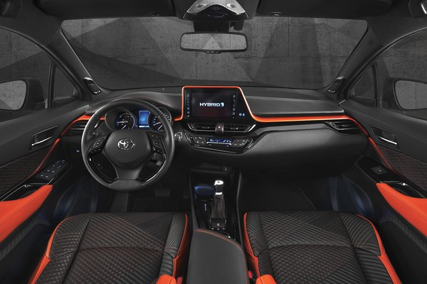2017 Toyota C-HR HyPower Interior