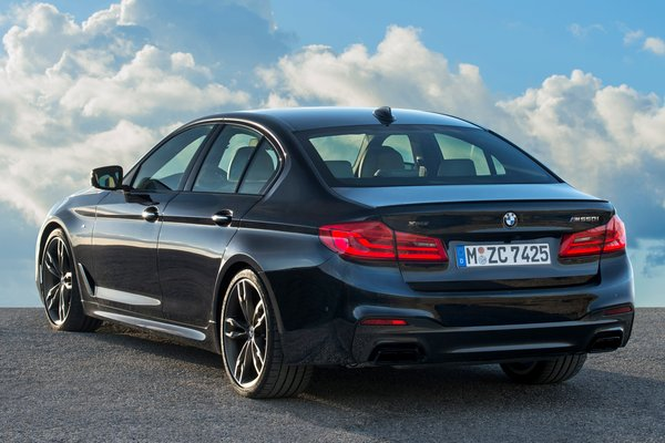 2018 BMW 5-Series M550i xDrive sedan