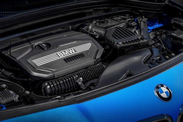 2018 BMW X2 xDrive28i Engine