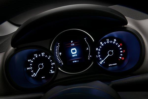 2018 Fiat 500 L Instrumentation
