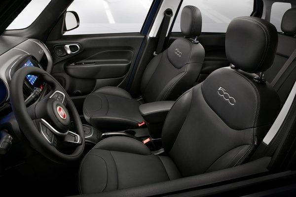 2018 Fiat 500 L Interior