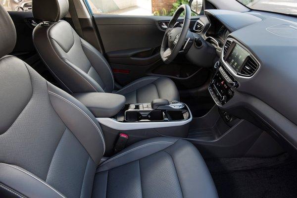 2018 Hyundai Ioniq Plug-in Hybrid Interior