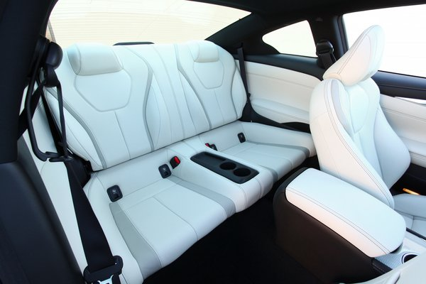 2018 Infiniti Q60 Interior
