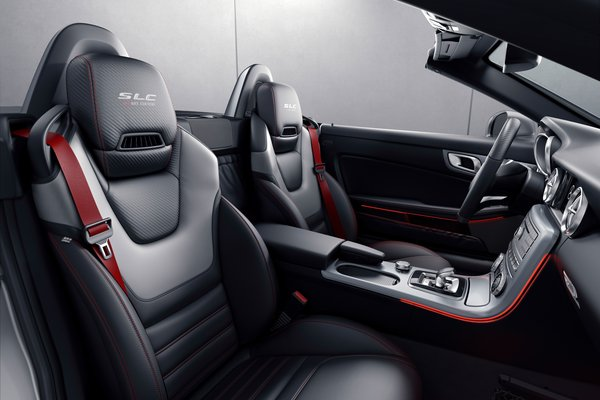 2018 Mercedes-Benz SLC-class SLC43 Performance Studio RedArt Interior