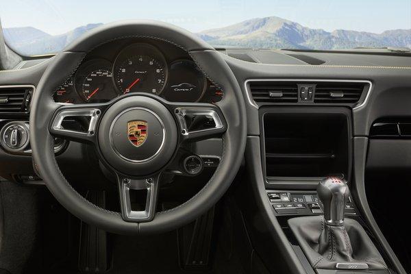 2018 Porsche 911 Carrera T Coupe Instrumentation