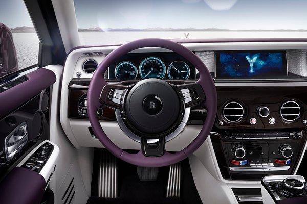 2018 Rolls-Royce Phantom EWB Instrumentation
