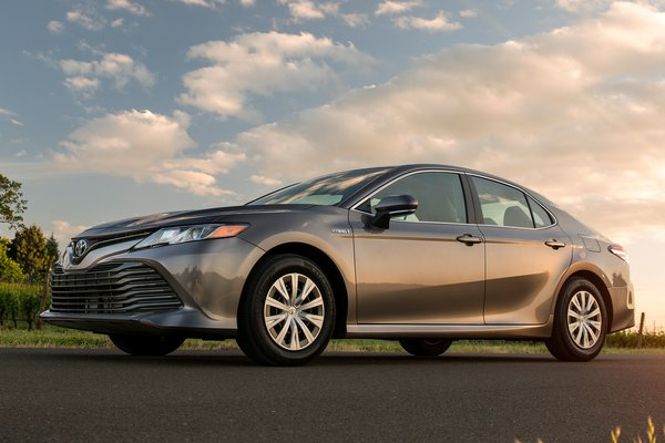 2018 Toyota Camry LE Hybrid