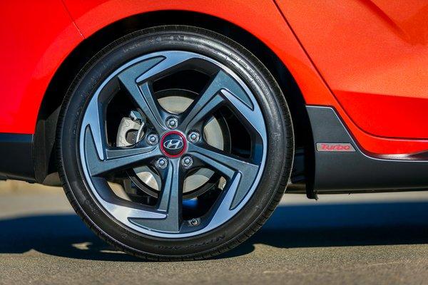 2019 Hyundai Veloster Turbo Wheel