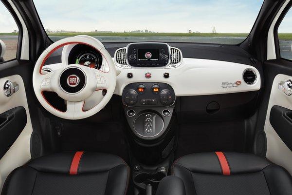 2018 Fiat 500 e Interior
