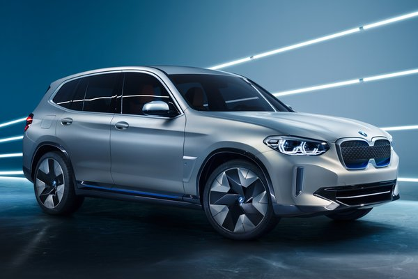 2018 BMW iX3