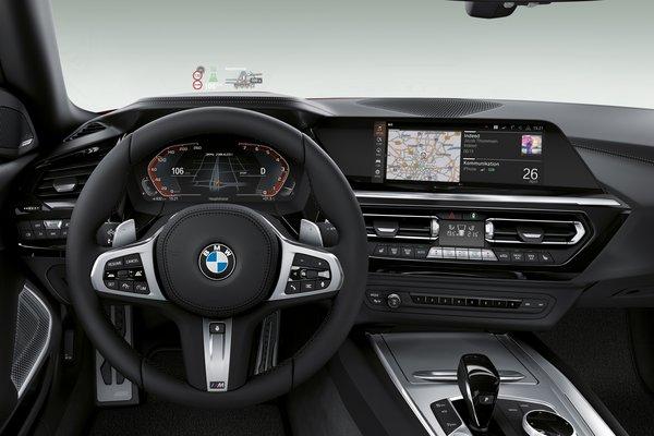 2019 BMW Z4 Instrumentation
