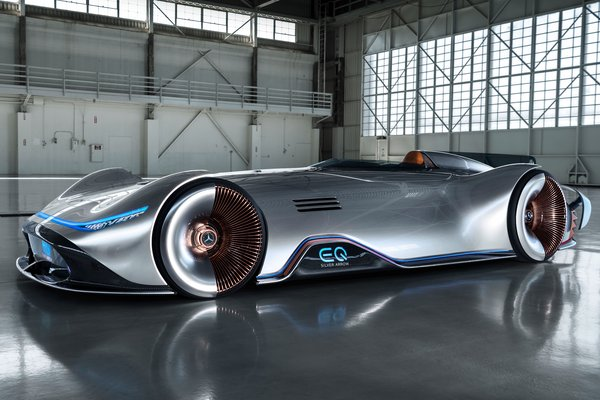 2018 Mercedes-Benz EQ Silver Arrow