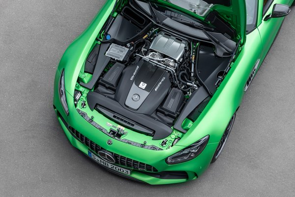 2020 Mercedes-Benz AMG GT R coupe Engine