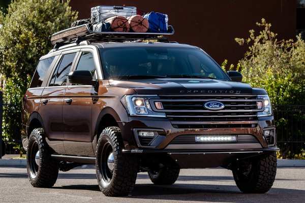 2018 Ford Expedition Classic by LGE CTS