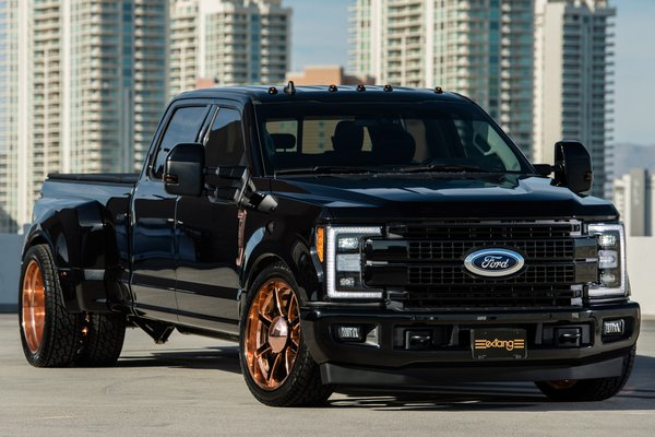 2018 Ford F-350 by Extang