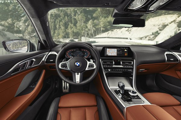 2019 BMW 8-Series M850i xDrive Coupe Interior