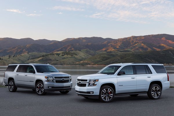 2019 Chevrolet Suburban RST and Tahoe RST